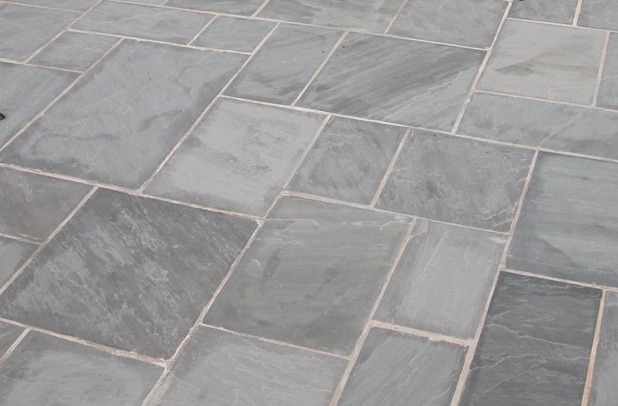 Sandstone Thins (15-25mm) - Grey - Patio Pack