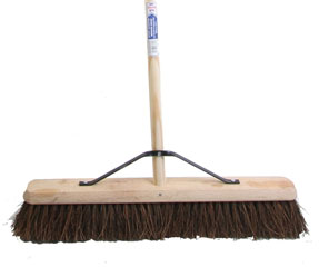 "Faithfull 60cm (24"") Stiff Bassine Broom (Head, Handle & Stay)"